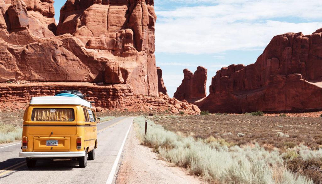 Auto na cestě
