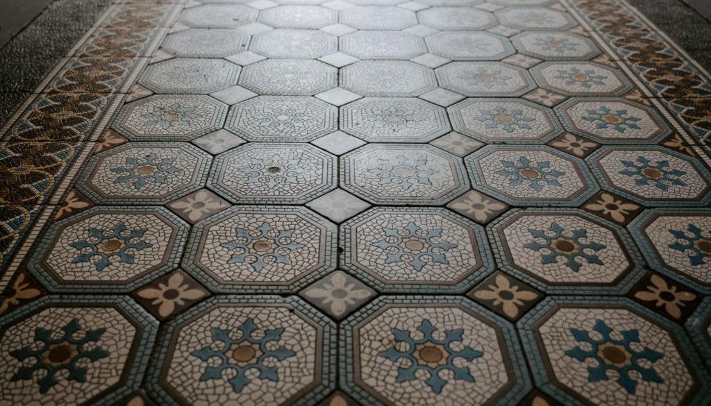 Dlaždicová podlaha