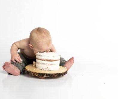 Dítě a dort