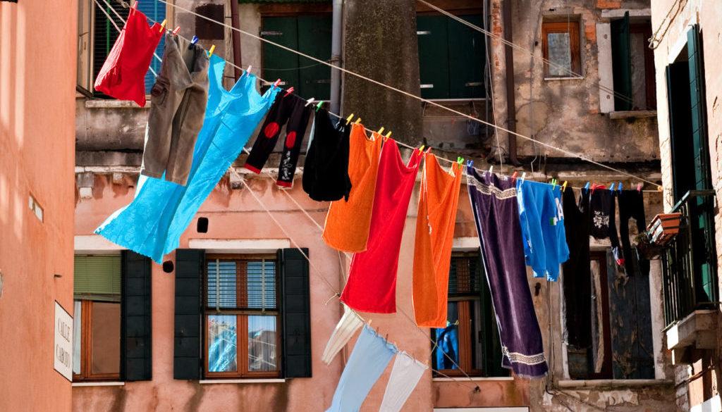 Oblečení na šnůře